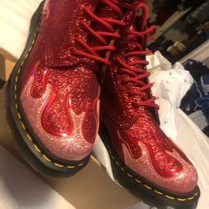 Dr Martens Pascal Flame boots red